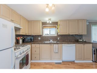 """Photo 13: 14 20071 24 Avenue in Langley: Brookswood Langley Manufactured Home for sale in """"Fernridge Park"""" : MLS®# R2562399"""