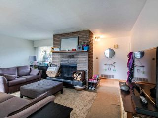 """Photo 3: 21763 48 Avenue in Langley: Murrayville House for sale in """"MURRAYVILLE"""" : MLS®# R2485267"""