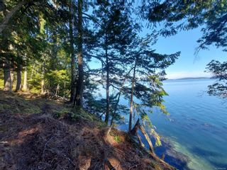 Photo 11: 9844 Canal Rd in : GI Pender Island House for sale (Gulf Islands)  : MLS®# 884964