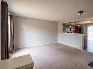 Photo 6: 326 Elgin Place SE in Calgary: McKenzie Towne Semi Detached for sale : MLS®# A1136926