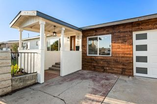 Photo 2: SAN DIEGO House for sale : 4 bedrooms : 6842 Harvala St