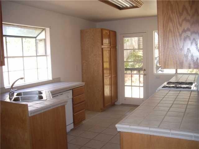 Main Photo: SAN MARCOS House for sale : 3 bedrooms : 514 Barnett