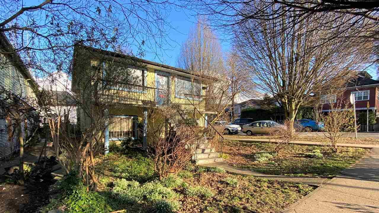 Main Photo: 3294 PRINCE EDWARD Street in Vancouver: Fraser VE House for sale (Vancouver East)  : MLS®# R2553717