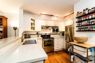 "Photo 3: 113 155 E 3RD Street in North Vancouver: Lower Lonsdale Condo for sale in ""The Solano"" : MLS®# R2244592"