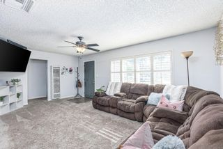 Photo 4: SPRING VALLEY House for sale : 4 bedrooms : 1233 Elkelton