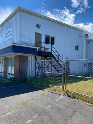 Photo 2: 2780 Vigar Rd in : CR Campbell River North Industrial for sale (Campbell River)  : MLS®# 878196