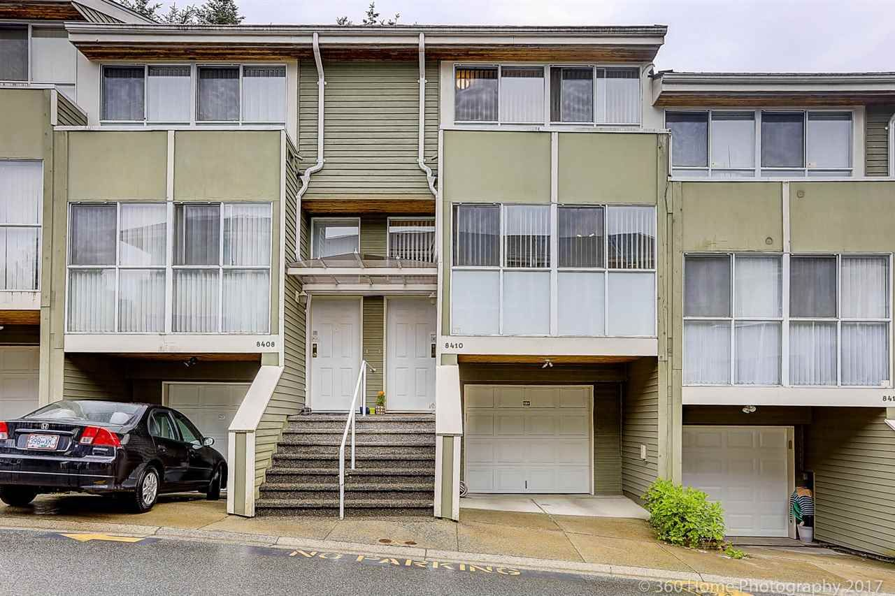 """Main Photo: 8410 CORNERSTONE Street in Vancouver: Champlain Heights Townhouse for sale in """"MARINE WOODS"""" (Vancouver East)  : MLS®# R2178515"""