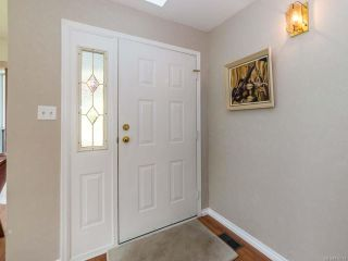 Photo 10: 2001 VALLEY VIEW DRIVE in COURTENAY: CV Courtenay East House for sale (Comox Valley)  : MLS®# 770574