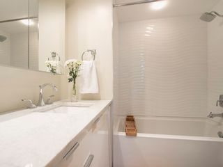 """Photo 21: 104 1930 W 3RD Avenue in Vancouver: Kitsilano Condo for sale in """"THE WESTVIEW"""" (Vancouver West)  : MLS®# R2099750"""