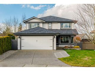 """Photo 2: 22111 45A Avenue in Langley: Murrayville House for sale in """"Murrayville"""" : MLS®# R2542874"""