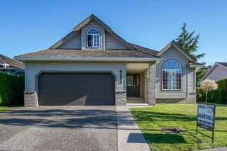Photo 2: 31466 UPPER MACLURE Road in Abbotsford: Abbotsford West House for sale : MLS®# R2179311