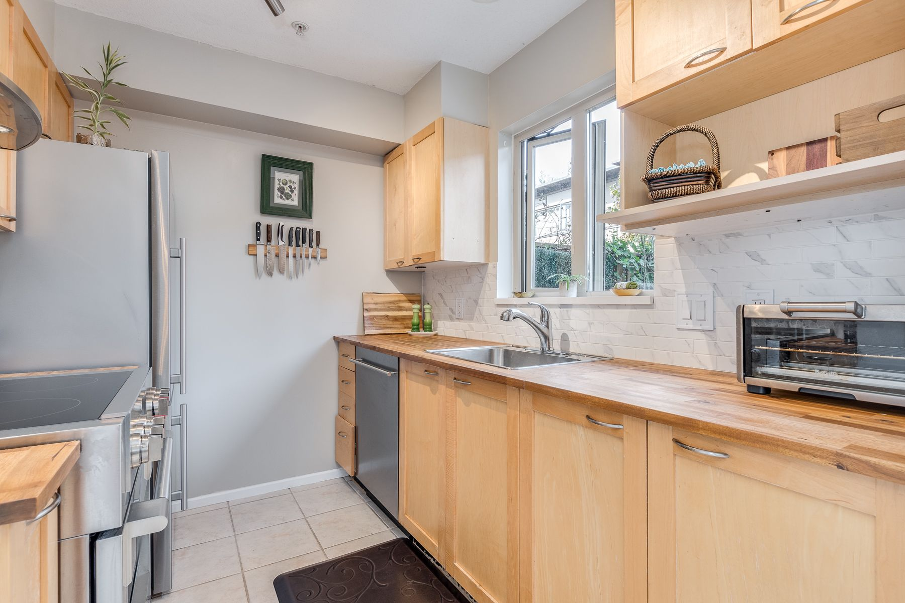Photo 17: Photos: 7-2389 Charles St in Vancouver: Grandview Woodland Townhouse for sale (Vancouver East)