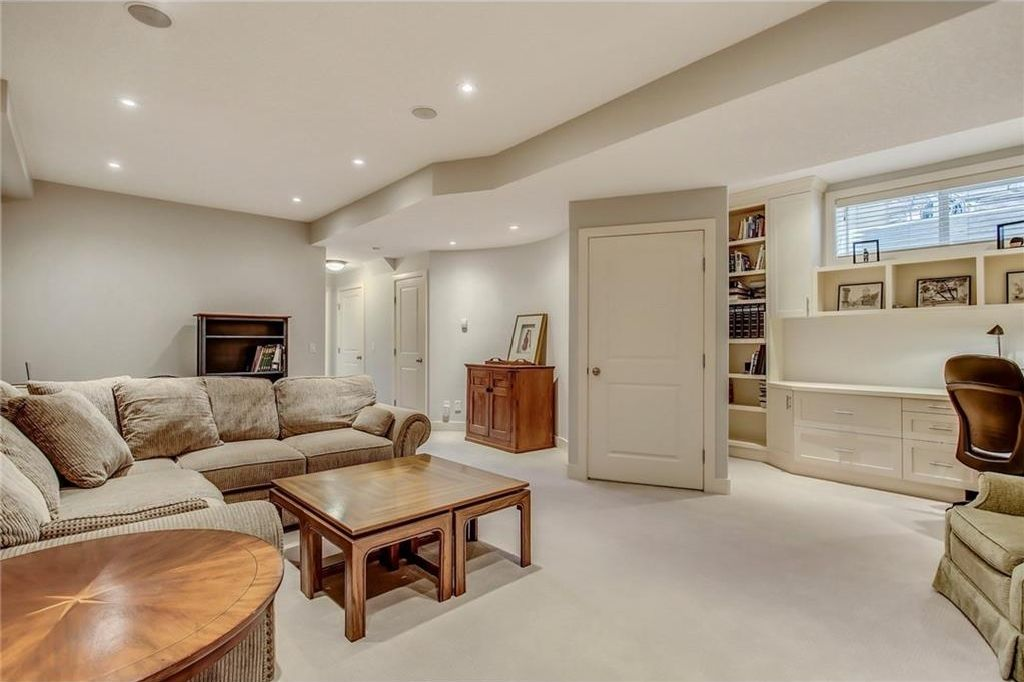 Photo 36: Photos: 3909 19 Street SW in Calgary: Altadore House for sale : MLS®# C4122880