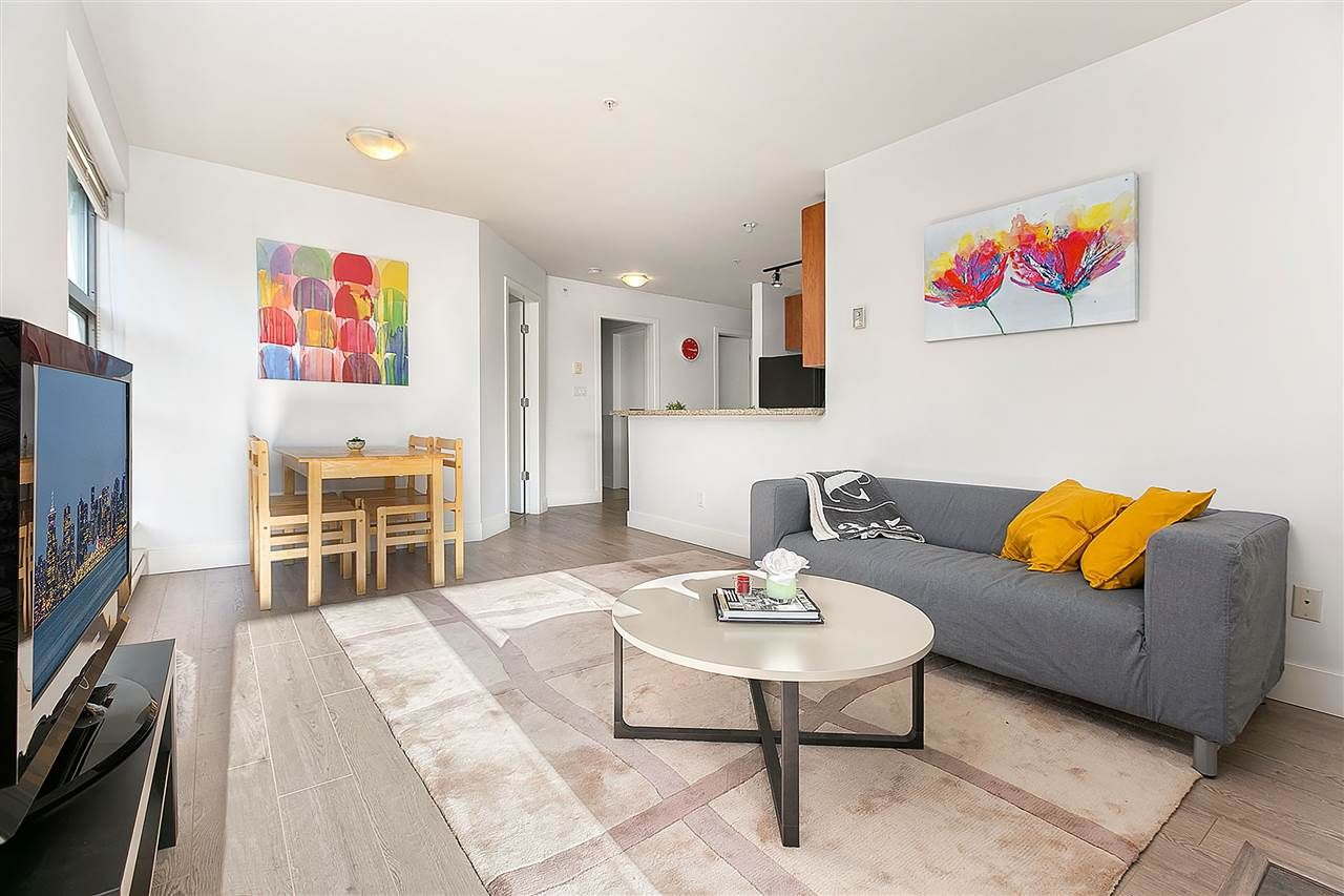 """Main Photo: 307 2680 ARBUTUS Street in Vancouver: Kitsilano Condo for sale in """"Outlook"""" (Vancouver West)  : MLS®# R2396211"""