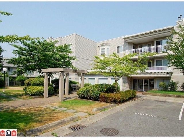 """Main Photo: 204 9948 151ST Street in Surrey: Guildford Condo for sale in """"WESTCHESTER PLACE"""" (North Surrey)  : MLS®# F1102325"""