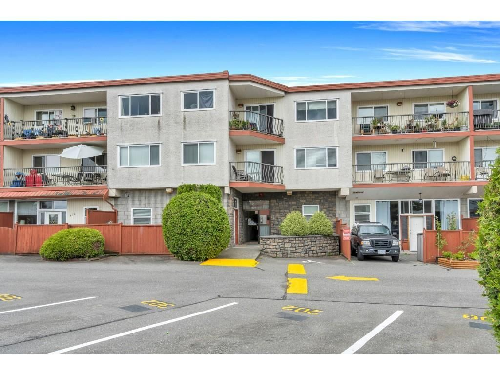 """Main Photo: 104A 3043 270 Street in Langley: Aldergrove Langley Condo for sale in """"ALDERVIEW PLACE"""" : MLS®# R2592402"""