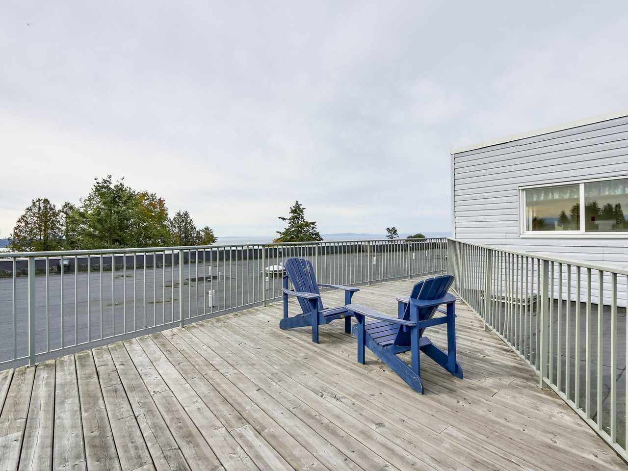 """Photo 19: Photos: 311 1341 GEORGE Street: White Rock Condo for sale in """"OCEANVIEW"""" (South Surrey White Rock)  : MLS®# R2381098"""