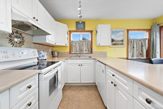 Photo 5: 640 Alder St in : CR Campbell River Central House for sale (Campbell River)  : MLS®# 872134
