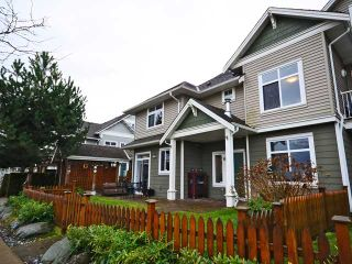 Photo 1: 16 6300 London Rd in Richmond: Steveston South Townhouse for sale