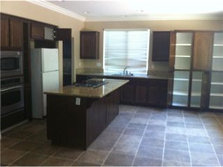 Photo 5: EAST ESCONDIDO House for sale : 3 bedrooms : 273 Oak Valley in Escondido