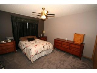 Photo 13: 70 MARTINWOOD Road NE in CALGARY: Martindale Residential Detached Single Family for sale (Calgary)  : MLS®# C3531197