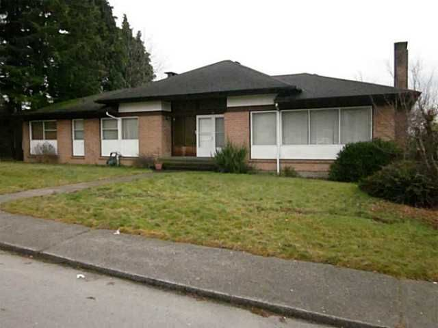 """Main Photo: 72 E TENTH Avenue in New Westminster: The Heights NW House for sale in """"MASSEY HEIGHTS"""" : MLS®# V1042966"""