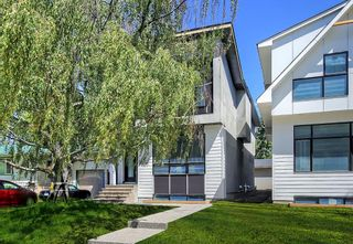 Photo 1: 522 36 Street SW in Calgary: Spruce Cliff Detached for sale : MLS®# A1013186