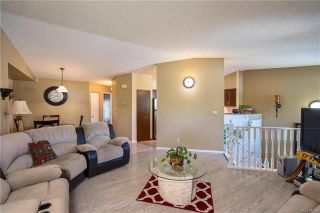 Photo 5: 2 Carriage House Road in Winnipeg: River Park South Residential for sale (2F)  : MLS®# 1810823