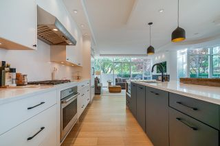 """Photo 5: 403 BEACH Crescent in Vancouver: Yaletown Townhouse for sale in """"WATERFORD"""" (Vancouver West)  : MLS®# R2611200"""