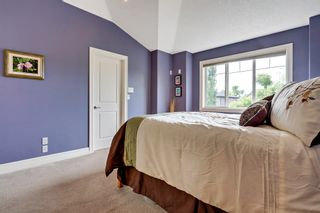 Photo 21: 640 54 Ave SW in Calgary: House for sale : MLS®# C4023546