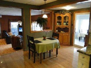 Photo 3: 95 Fells Point Road in Kawartha Lakes: Rural Fenelon House (1 1/2 Storey) for sale : MLS®# X2990514