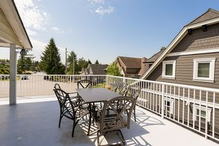 Photo 14: 18105 59A Avenue in Surrey: Home for sale : MLS®# F1442320