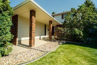 Photo 2: 71 Virginia Crescent: Sherwood Park House for sale : MLS®# E4264912