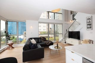 "Photo 1: 601 1238 RICHARDS Street in Vancouver: Yaletown Condo for sale in ""Metropolis"" (Vancouver West)  : MLS®# R2575548"