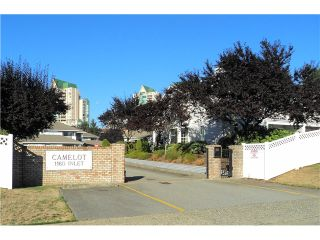 Photo 10: 26 1160 INLET Street in Coquitlam: New Horizons Townhouse for sale : MLS®# V975257