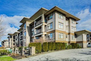 "Photo 1: 427 12248 224 Street in Maple Ridge: East Central Condo for sale in ""URBANO"" : MLS®# R2262541"
