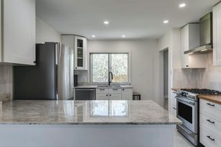 Photo 13: 40 Grafton Drive SW in Calgary: Glamorgan Detached for sale : MLS®# A1131092