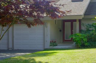 Photo 3: 2315 Greenlands Rd in : SE Arbutus House for sale (Saanich East)  : MLS®# 885822