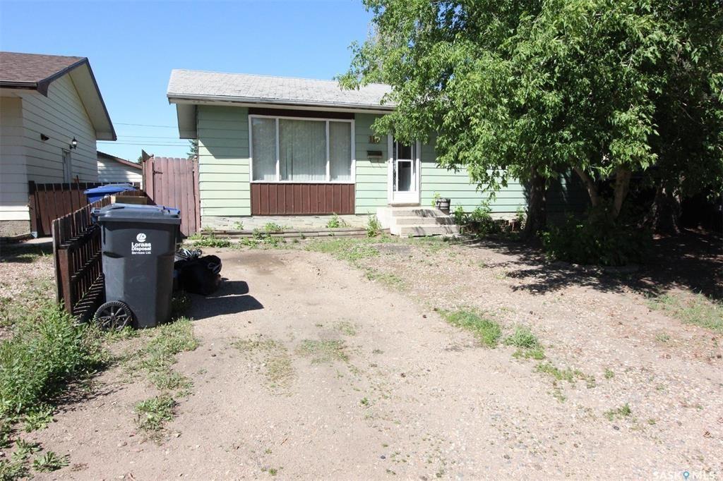 Main Photo: 118 Elizabeth Street West in Warman: Residential for sale : MLS®# SK860020