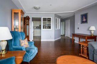 """Photo 15: 407 20443 53 Avenue in Langley: Langley City Condo for sale in """"COUNTRY SIDE ESTATES"""" : MLS®# R2150486"""