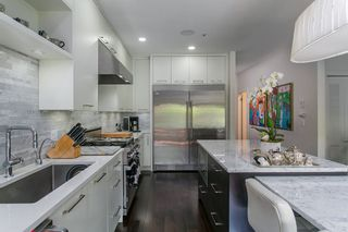 Photo 11: 618 W 17TH Avenue in Vancouver: Cambie House for sale (Vancouver West)  : MLS®# R2082339