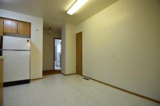 Photo 10: 16608 93 Avenue in Edmonton: Zone 22 House for sale : MLS®# E4259363