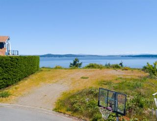 Photo 2: Lot 25 Bay Bluff Pl in : ML Mill Bay Land for sale (Malahat & Area)  : MLS®# 876085