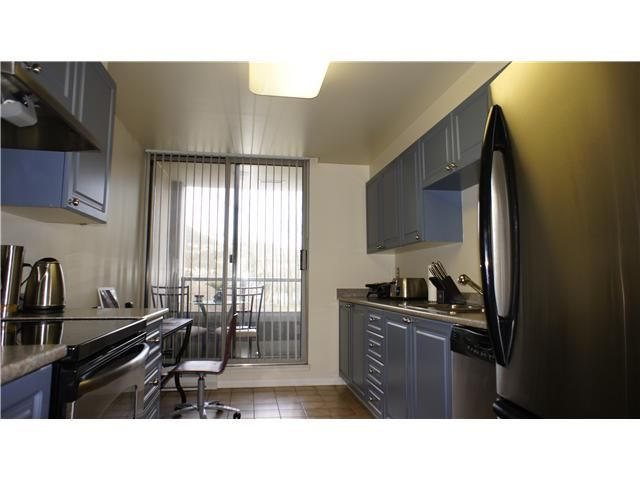 Photo 3: Photos: # 205 3070 GUILDFORD WY in Coquitlam: North Coquitlam Condo for sale : MLS®# V924595