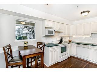 "Photo 5: 55 8892 208 Street in Langley: Walnut Grove Townhouse for sale in ""Hunters Run"" : MLS®# R2435766"