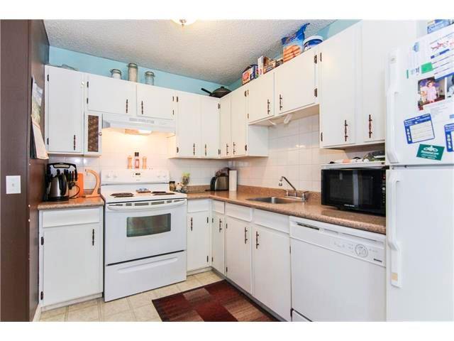 Photo 14: Photos: 6139 MADDOCK Drive NE in Calgary: Marlborough Park House for sale : MLS®# C4046134