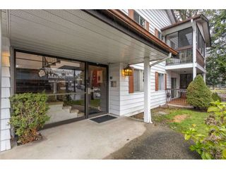 """Photo 3: 204 3035 CLEARBROOK Road in Abbotsford: Abbotsford West Condo for sale in """"Rosewood Gardens"""" : MLS®# R2515086"""