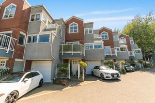 """Photo 2: 1594 ISLAND PARK Walk in Vancouver: False Creek Townhouse for sale in """"THE LAGOONS"""" (Vancouver West)  : MLS®# R2606608"""