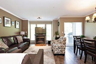 """Photo 2: 3 12188 HARRIS Road in Pitt Meadows: Central Meadows Townhouse for sale in """"Waterford Place"""" : MLS®# R2593269"""
