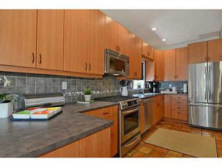 """Photo 4: 4381 QUEBEC Street in Vancouver: Main House for sale in """"MAIN STREET"""" (Vancouver East)  : MLS®# V1003822"""